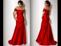 Kırmızı Gece Kıyafeti