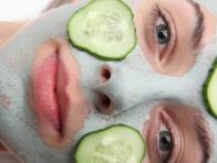 Kuru Cilt i�in Salatal�k Maskesi
