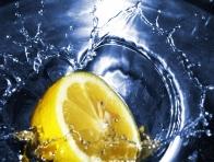 Limonla Saçlarınıza Bakım Yapın
