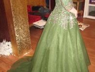 Yeşil Kapalı Gece Kıyafeti Modeli
