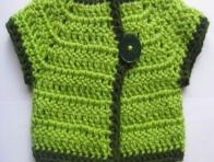 Yeşil Örgü Bebek Yeleği Modelleri