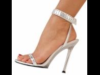 �nce Uzun Topuklu Beyaz Ayakkab�